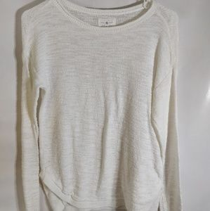 Lou gray cream color light weight sweater
